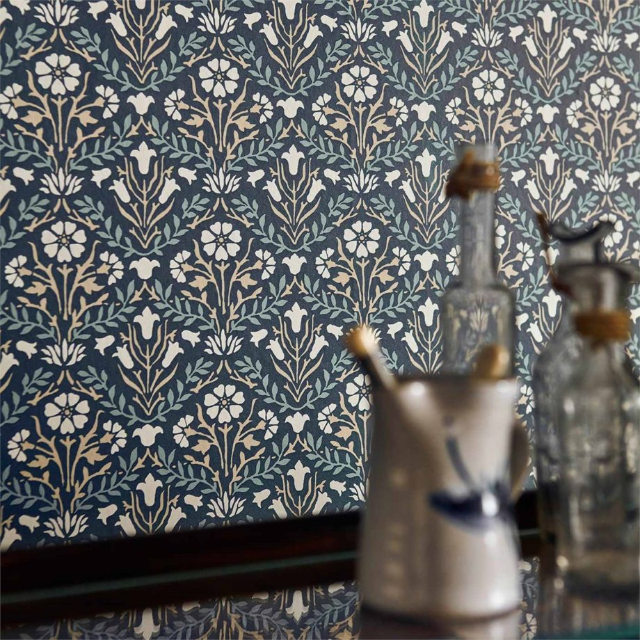 1-Morris-Bellflower-detail-wallpaper-blue-botanical-style-library